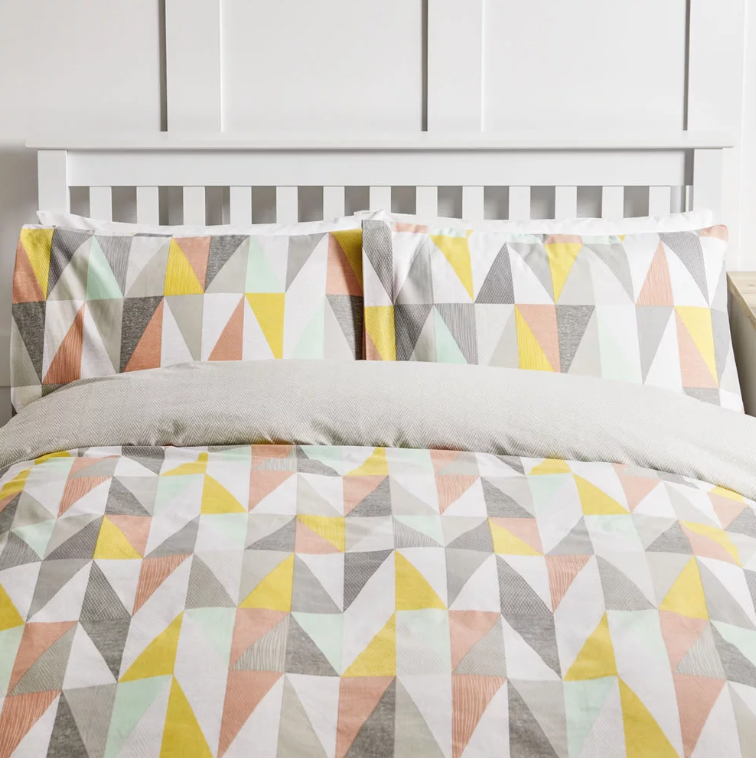 Wilko Textured Triangles Duvet Set King